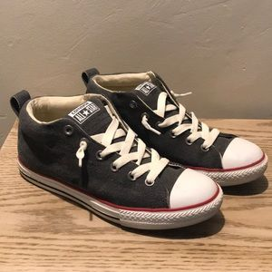 Converse Mid Top Grayish with Cream Leases